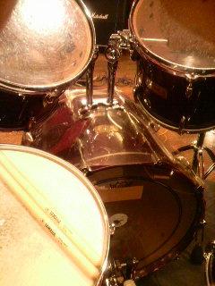 """i'm """"ni-se"""" drummer"""